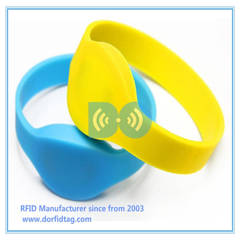 RFID enabled wristbands  with  micro RFID  micro chip for  Club VIP system rfid bluetooth