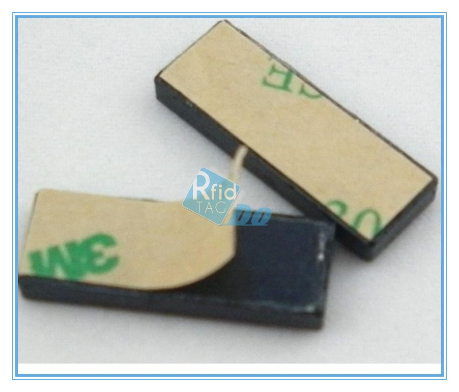 Metal mount RFID tags