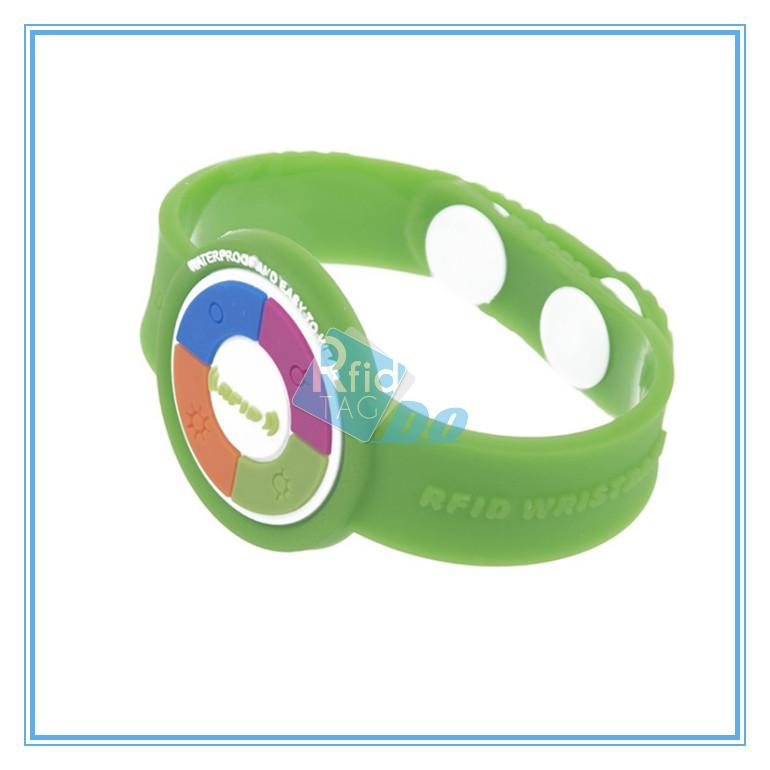 RFID bands  mifare bands for  nfc enabled phones nfc conference